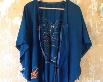 20% OFF SALE vintage. Antique 40s Silk Boho Blue Cape Blouse // Free Size
