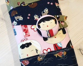 Japanese Dolls Crochet Hook Case in Navy Blue Pink and Green • Cats • Fish • Kimono • Made to Order • Furls • Amour • Clover • Soft Grip