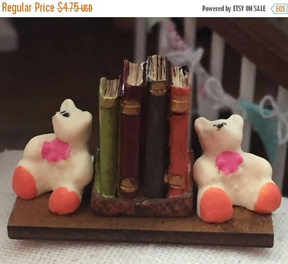 SALE Miniature Teddy Bear Bookends With Books, Dollhouse Miniature, 1:12 Scale, Dollhouse Accessory, Decoration, Decor Item, Mini Books & Be