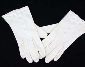 Vintage White Pearl Beaded Gloves, Size S