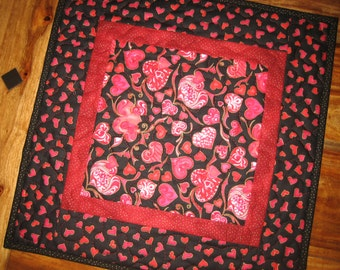 "Valentines Day Table Topper, Pink and Red Hearts on Black, Quilted Table Mat 17x17"" 100% cotton fabric Reversible"