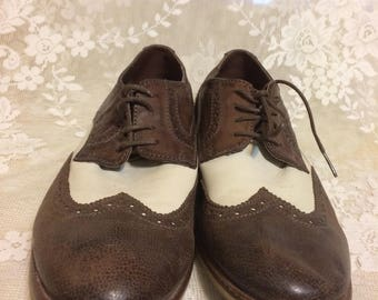 Men's Brown and Off White Wingtip Saddle Shoe