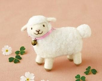 DIY handmade Wool Felt kit Little Sheep -  Japanese kit package H441-461