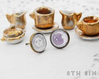 Antique Bronze Sun and Moon Stud Earrings, Sun and Moon Earrings, Sun and Moon Studs, Sun and Crescent Moon Earrings, Sun and Moon Cameo