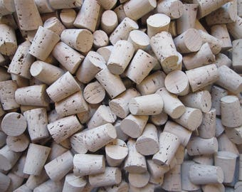 25 tapered corks - size 3 corks, size 4 corks - your choice - natural cork stoppers, small corks