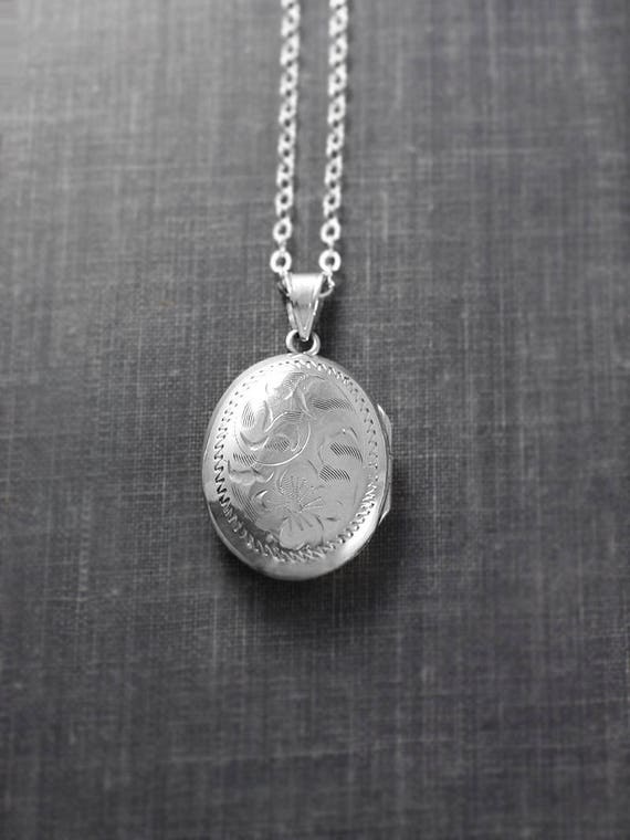Small Oval Sterling Silver Locket Necklace, Vintage Birks Picture Photo Pendant with Original Bail - Heritage