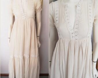 Vintage 80s Light Tan Beige Cotton Gauze Lace Detailed Maxi dress.Small.Bust 36.Waist 30