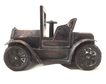 Vintage Copper Pencil Sharpener in the Shape of An Antique Car (H5)