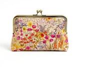 Floral linen clutch purse, Metal frame purse, Liberty of London Print, Party clutch, Formal purse, Bridesmaids gift, Bag Noir