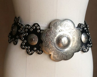 gorgeous vintage 1980's / 80's belt / etched metal / leather / grommets / wide / black