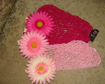 Pink Daisy Flower Clip Hot Pink Cotton Candy or White and Rose or Blue Yellow Center Alligator clothing pin or Hair Accessory