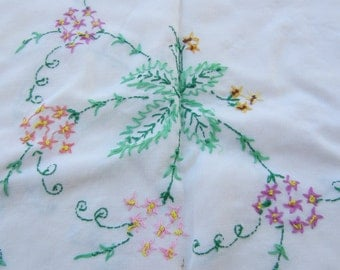 Vintage Hand Embroidered Table Cloth Kitchen and Dining Decor Table Linens