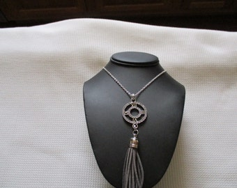 Silver and Gray Pendant Necklace