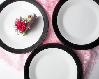 Vintage Noritake Sharon Black White Floral Dinner Plates Set of Three - Classic Elegance