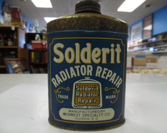 Solderit Radiator repair tin, Huron SD tin, vintage automobilia tin, vintage auto tin, old car repair tin