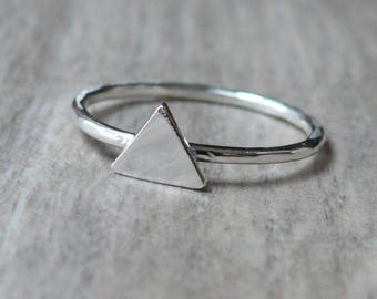 Sterling silver triangle ring • Geometric jewelry • Silver stacking ring • Handmade silver ring