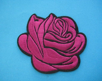 SALE~ 2 pcs Iron-On embroidered Patch Red Rose 3 inch