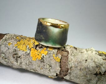 porcelain black and jade green with gold ring 'Plato'