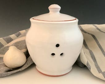 Garlic Jar, Wheel Thrown Earthenware, Lidded Container, French Country Decor, White Kitchen Decorations, Ceramic Jar.