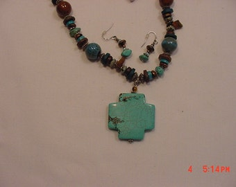 Vintage Turquoise & Bead Necklace And Pierced Earrings  17 - 47