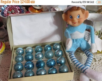 ON SALE Vintage Christmas-Tiny Feather Tree Glass Ornaments-Original Box-Shiny Brite-Pale Aqua-Shabby Cottage Chic