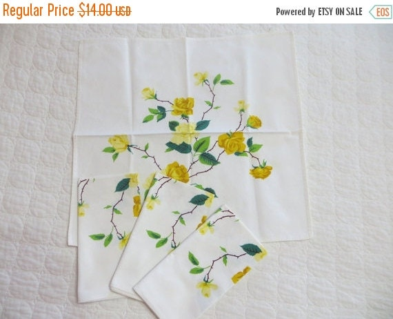 ON SALE Vintage Wilendur Yellow Roses Napkins-Set of 4