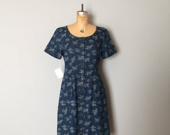 30% OFF WINTER SALE... 90s Eddie Bauer denim dress | floral button down dress