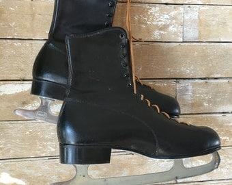 Vintage Men's Ice Skates Checkered Lining