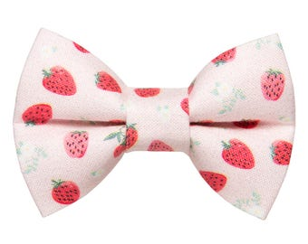 "Cat Bow Tie - ""The Shortcake"" - Strawberry Print"