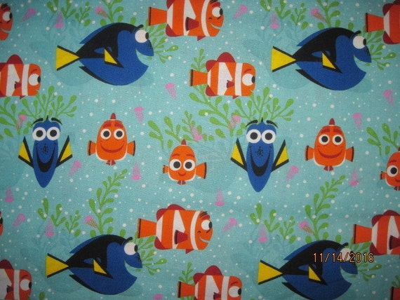 18x22 Finding Nemo Cotton Fabric Fat Quarter Dory