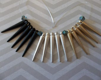 Black Silver & Gold Spikes - Set of 15 Metal Spike Pendant Dangles Charms - 22mm long (7/8 inch) - Qty 5 each color