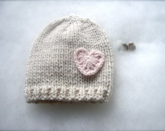 Natural baby hat Cashmere 100% with heart Newborn hat made in Italy Knit Beanie Baby hat photo prop Baby Newborn hat cashmere Handmade Italy