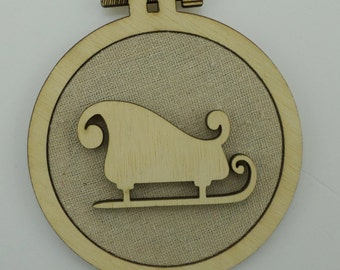 Christmas Sleigh - Laser cut embroidery hoop with quality textile