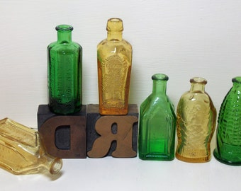 Small Miniature Apothecary Bitters Bottles Green and Gold Wheaton NJ