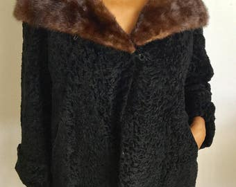 Cool Faux Vintage Black Short Lamb Coat W/Brown mink collar
