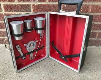 Vintage Portable Travel Bar Set Suit Case