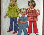 Vintage 1970s Toddler Girls Smock-Top and Bell-Bottom Pants Size 1 Simplicity Pattern 5219 Cut/Complete