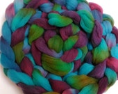 "Heritage Breed Wool Roving for Spinning Babydoll Wool Fiber Needle Felting 4 Ounce Braid Combed Top Hand Dyed Aqua Plum  "" Flower Basket """