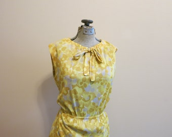 Dress yellow floral with bow 1960s MOD vintage M