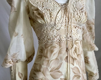 Gunne Sax by Jessica 70's Standout Stunning  Beige Voile and Lace Oversize Floral Hippie Wedding Maxi