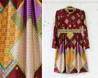 Kaleidoscope 70s Dress XS/S • Collared Dress • Fall Dress • Long Sleeve Dress • Geometric Print  Burgundy Dress • High Neck Dress | D1051