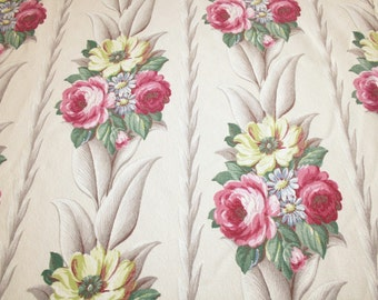 "White Glen Court Barkcloth | White Glen Court Vintage Barkcloth Fabric Piece - 44"" Long x 35"" Wide"