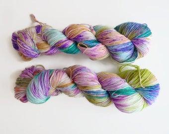 "Sparkle hand dyed sock yarn - Merino, Nylon and Stellina, Fingering - Brilli Brilli base - Colourway ""Lavender lemonade"""