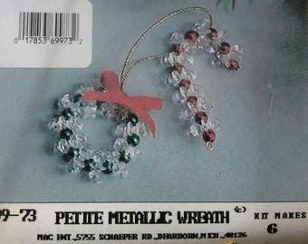 99-73 Petite Metallic Wreath
