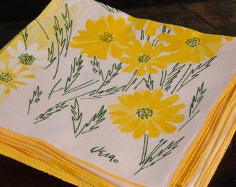 Vintage Vera Neumann Daisy Napkins, Ombre Yellow, Set of 6