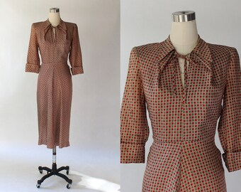 1940s Eleanor Green Dot Print Tea Dress // 40s Vintage Half Sleeve Necktie Dress // Small