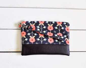 FUNKY FLORALS COLLECTION Navy Peony Mommy Clutch - Wallet Clutch - Small handbag - Blue - Wristlet