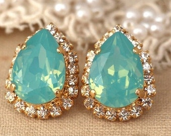 Mint earrings,Mint Opal Studs,Mint Gold Crystal Swarovski earrings,teardrop Mint stud earrings,Bridal jewelry,Bridesmaids gifts,Mint Studs