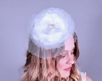 Bridal fascinator, bridal headpiece, wedding fascinator, white tulle flower, wedding veil