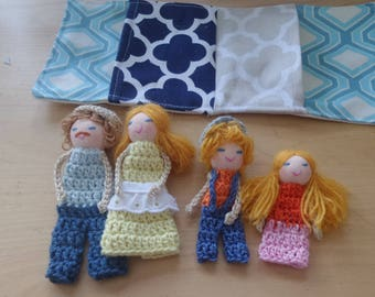 Family Finger Puppets, Family of four, Blond Family, Toy, Soft Toy, Soft Dolls, Play dolls, Family doll set